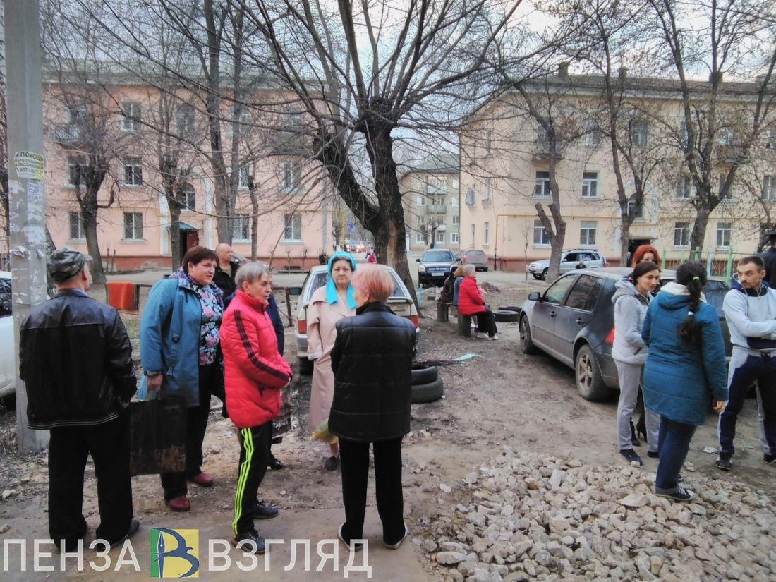 Жильцы дома на улице Калинина в Пензе: «Перед обрушением на стене надулся огромный пузырь»