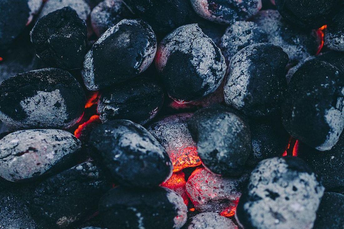 Как выбрать уголь для шашлыка?