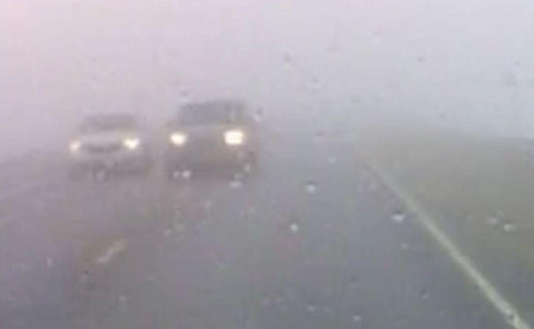 Пензенский водитель пошел на обгон по встречке в условиях густого тумана. Видео
