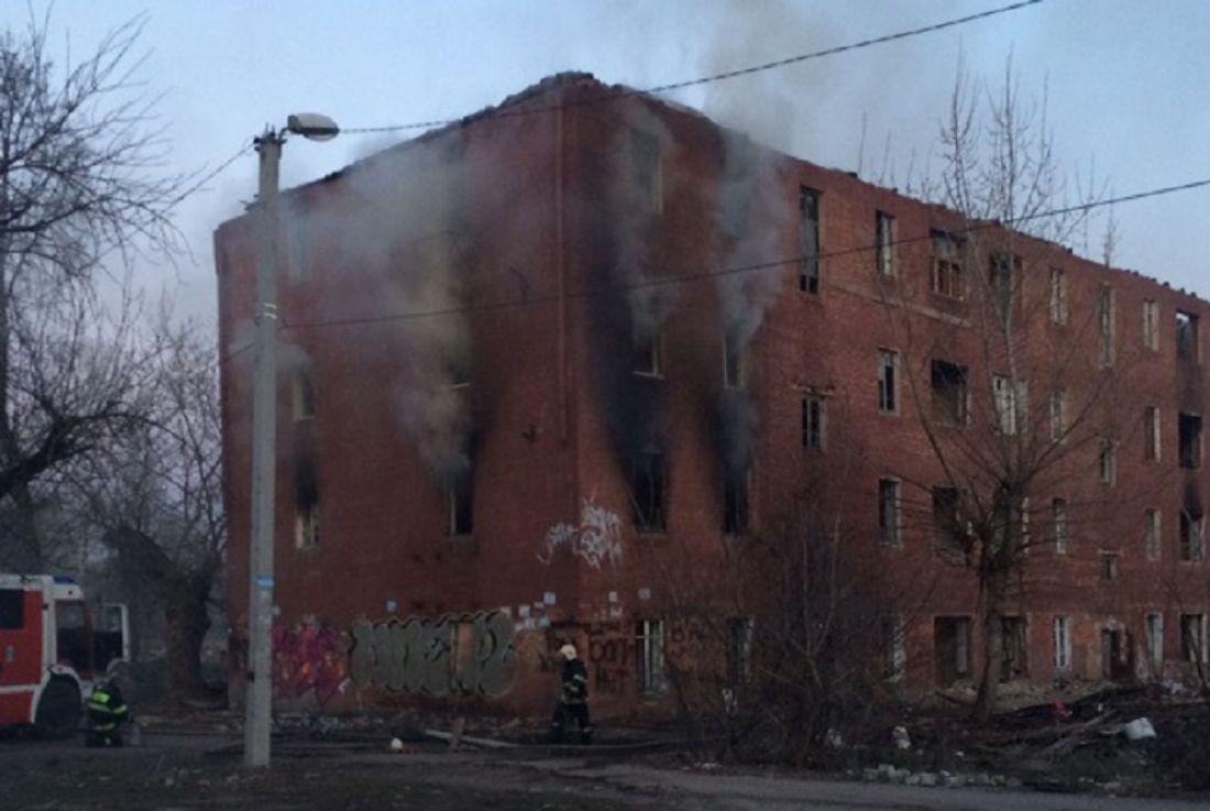 В Пензе на улице 9 Января случился пожар