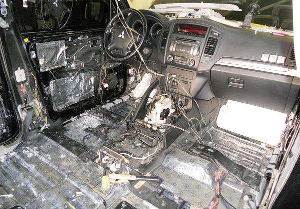 Звукоизоляция в автомобиле: что нужно знать автовладельцам